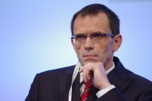 Bukiel o zdrowiu w exposé: ogólnie; Ochman: patrzę z ostrożnym optymizmem