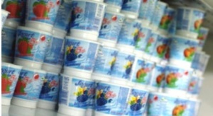 Jesz jogurty zamiast słodyczy? Nawet te ''organiczne'' mają więcej cukru niż cola