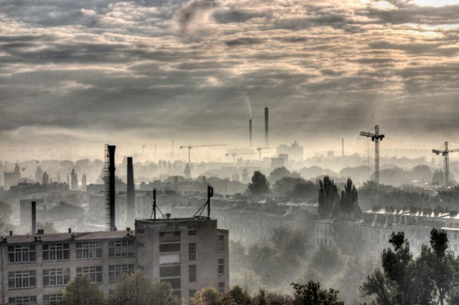 Alarmy smogowe bez zmian - minister nie słucha lekarzy