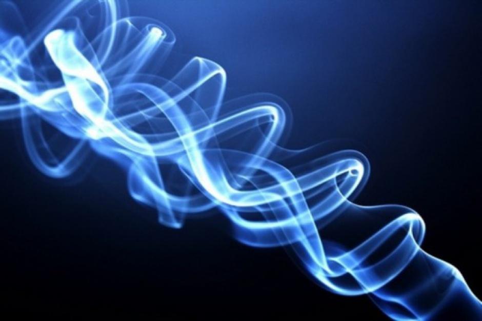 Badania: aerozol z e-papierosów może powodować stany zapalne płuc