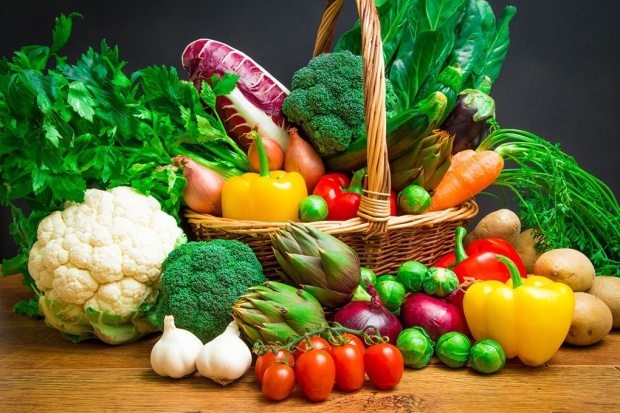 Dietetyk: odporność zaczyna się na talerzu, powinny go zapełniać warzywa