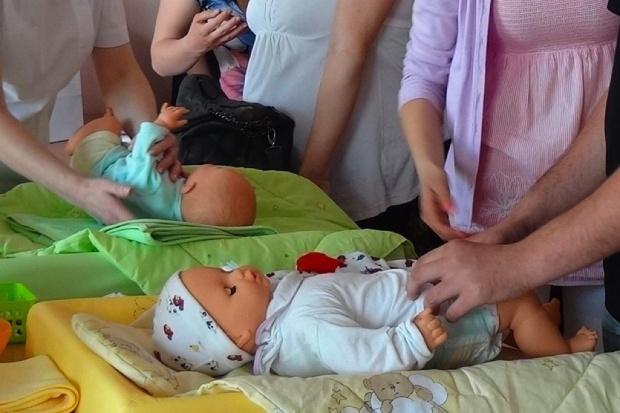 Łódź: NFZ zaprasza na spotkanie w szkole rodzenia