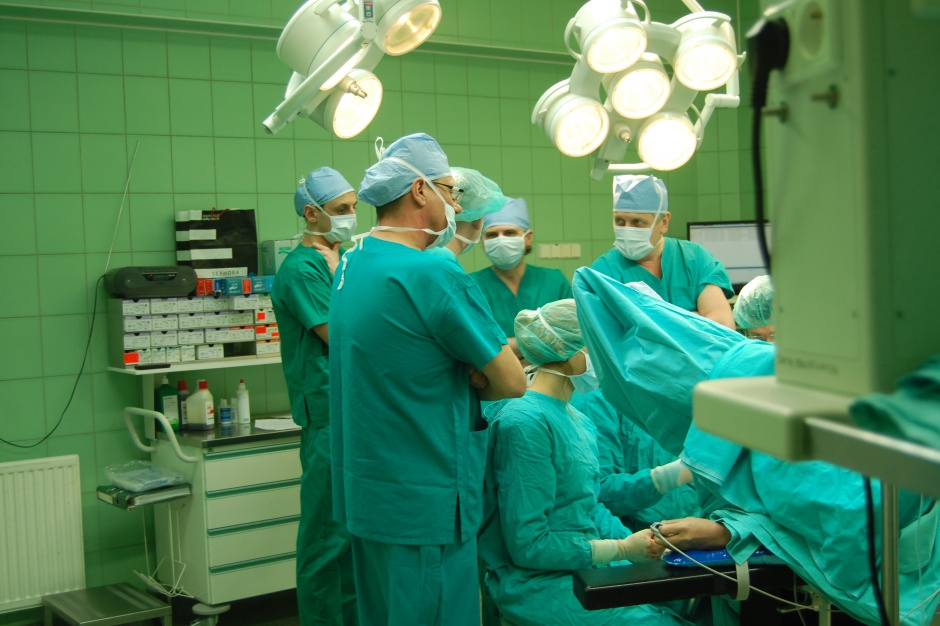 Łatwiej zbudować nowy ośrodek onkologiczny niż zespół specjalistów