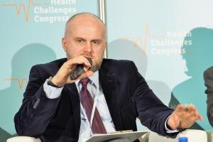 Wiceminister zdrowia Krzysztof Łanda złożył dymisję. To nie koniec zmian w resorcie?