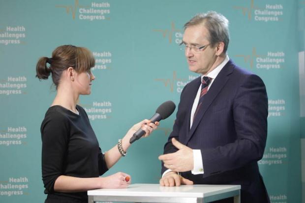 Dr Hamankiewicz: mamy największy w Europie deficyt lekarzy
