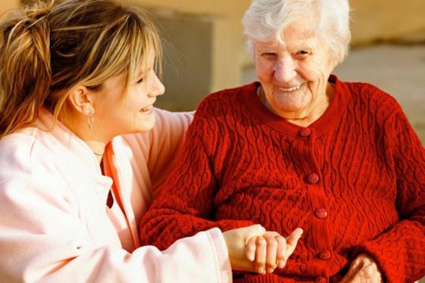 Choroba Alzheimera: jak najdłuższa samodzielność chorego ważnym elementem terapii