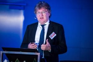 Prof. Hartung: w terapii chorych na SM stawiamy na indywidualizację leczenia