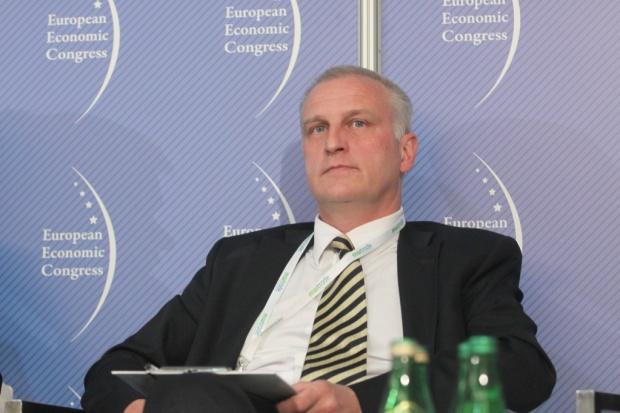 Katowice: śląski oddział NFZ ma już oficjalnie nowego szefa