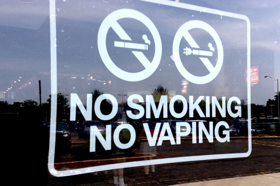 USA: pierwszy przypadek zgonu związany z używaniem e-papierosów?