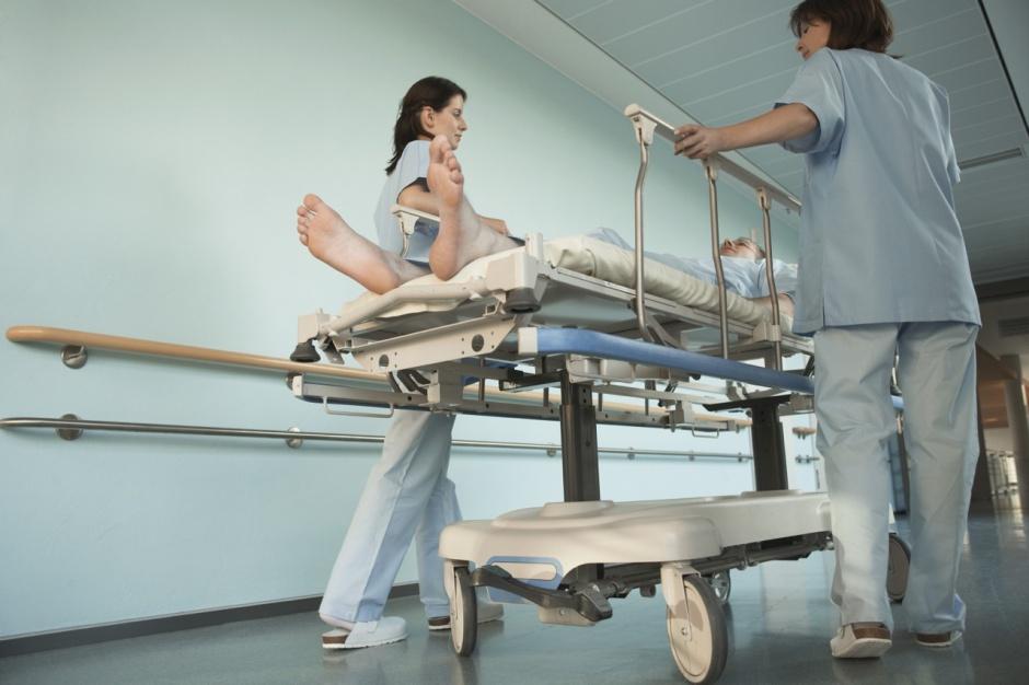 OZŚWM: oddychanie za pomocą respiratora nadal nie jest procedurą ratującą życie