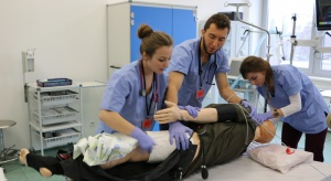 Kielce: rusza centrum symulacji medycznej dla pielęgniarek i położnych