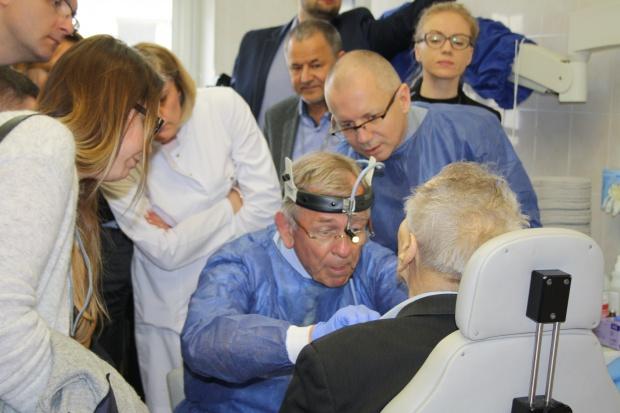 Kielce: w ŚCO uczyli przywracania głosu chorym na raka krtani