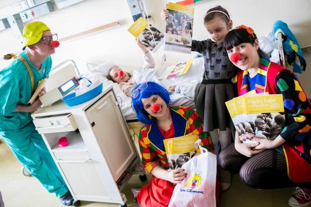 Fundacja Dr Clown znowu rozśmiesza małych pacjentów