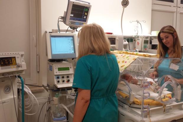 Kielce: udało się uratować dziecko, bo podano tlenek azotu