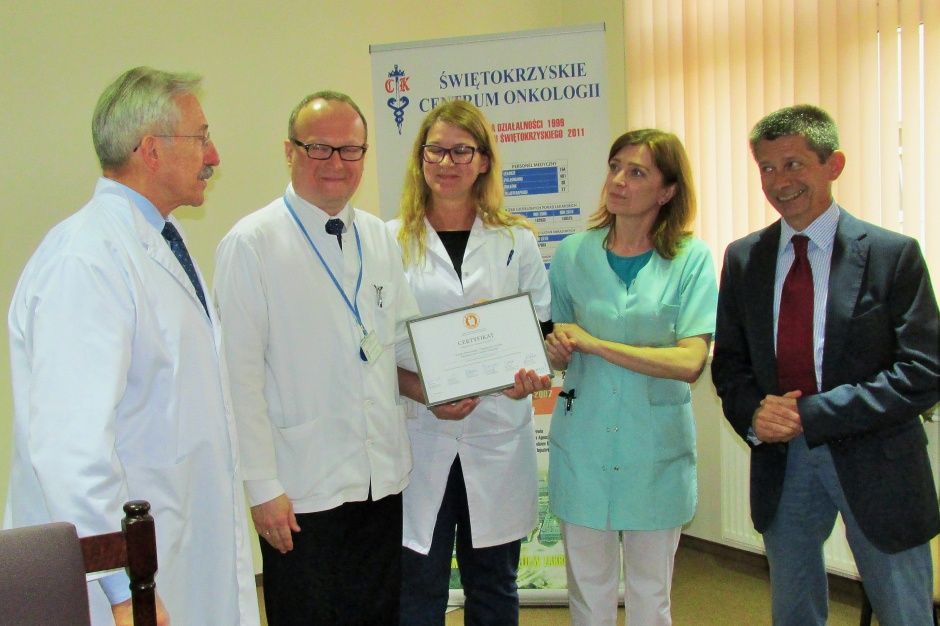 """Kielce: klinika ŚCO z certyfikatem """"W trosce o pacjenta"""""""