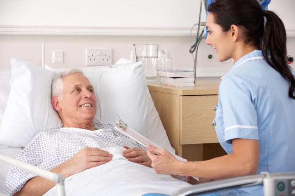 Tarnowskie Góry: w szpitalu brakuje pielęgniarek, jest ogłoszenie o pracę dla kilkudziesięciu...