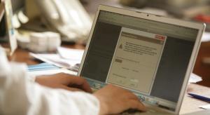 PPOZ skarży się na działanie systemu e-zwolnień i e-WUŚ. Ministerstwo zapowiada poprawę