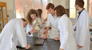 Poznań: apel uniwersytetu medycznego do studentów w sprawie koronawirusa