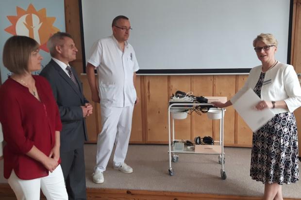 Olsztyn: wybiegali sprzęt dla szpitala dziecięcego