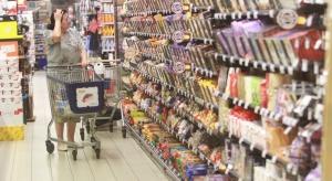 Polak w Wuhanie: przy wejściu do supermarketów każdemu mierzona jest temperatura