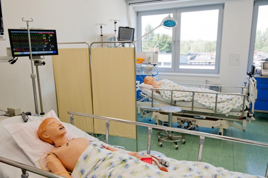 Zielona Góra: centrum symulacji dla studentów pielęgniarstwa już otwarte