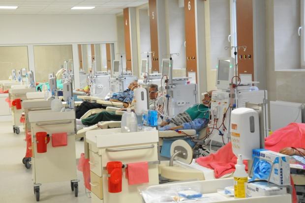 Płock: szpital na Winiarach dostał sprzęt do hemodializy