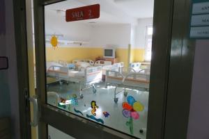 Do szpitali trafia coraz więcej dzieci z infekcjami przewodu pokarmowego