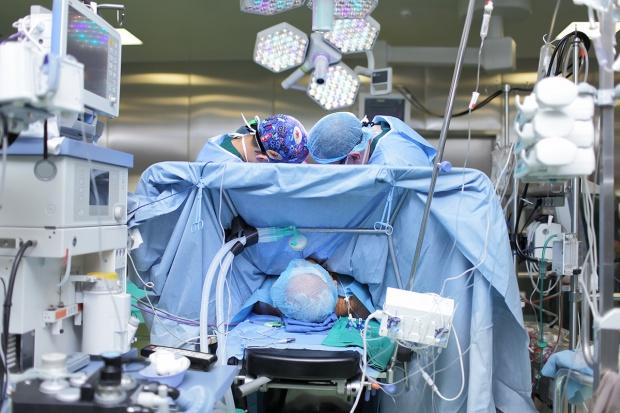 Kontraktowe dyżury są objawem choroby