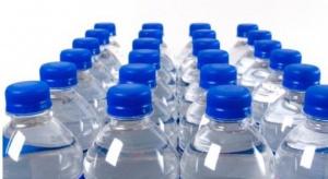 Zjadamy mnóstwo plastiku np. pijąc wodę butelkowaną! To globalny problem