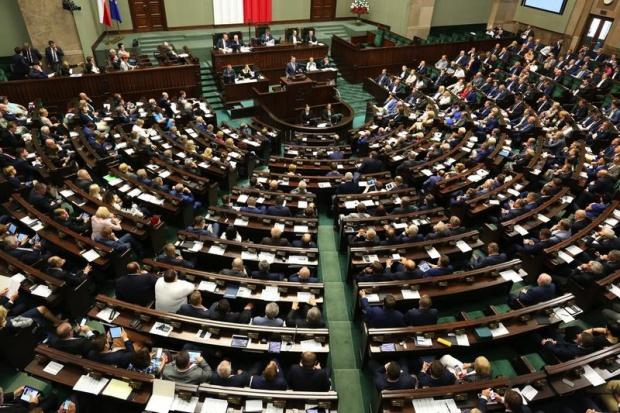 Sejm: petycja z projektem dot. zakazu aborcji - do komisji rodziny