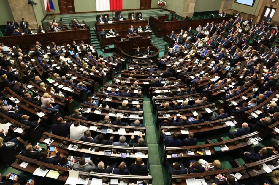 Sejm rozpoczął obrady. W porządku m.in. budżet na 2018 r. i zmiany w prawie aborcyjnym