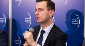 Szef PSL: politycy mogą sfinansować podwyżki dla rezydentów