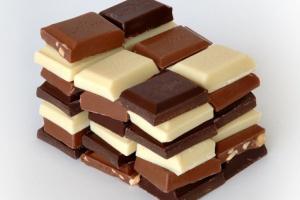 Gorzka czekolada jednak nie poprawia widzenia?