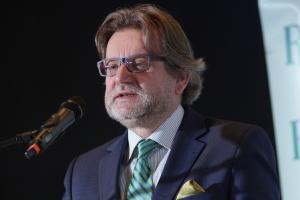 """Wiceminister Pinkas w NIL: określenie """"medyczna marihuana"""" jest błędne"""