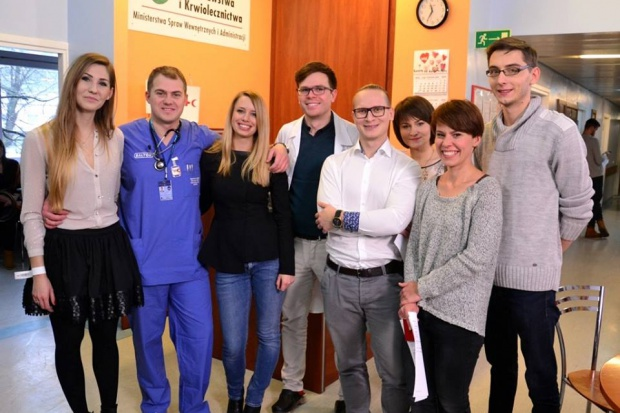 Telewizja przypomina pierwszy sezon ''Młodych lekarzy'', drugi już w...