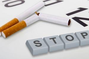 Farmakoterapia zwiększa szanse rzucenia palenia. Leki, które pomagają