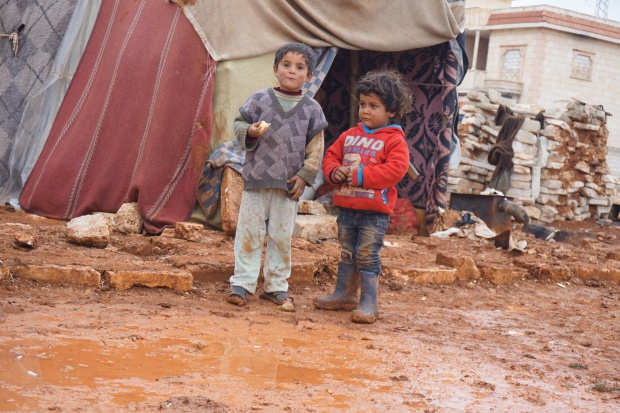 Raport: wojenna trauma w Syrii - próby samobójcze i samookaleczenia wśród dzieci