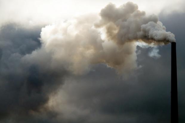 Wieczorny smog nad krajem, głównie na Mazowszu