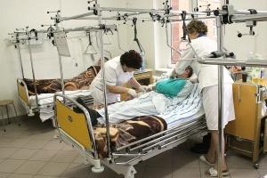 Gdy pielęgniarki padają z nóg: etatowe i kontraktowe