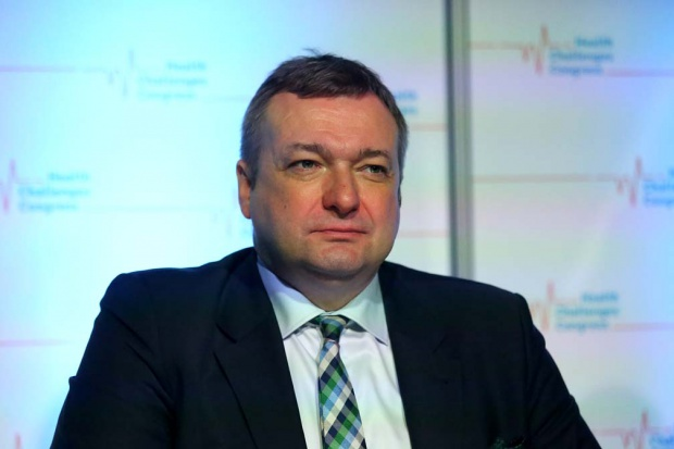 Resort: analizy zdecydują, czy prace nad opłatami w SPZOZ-ach zostaną wznowione
