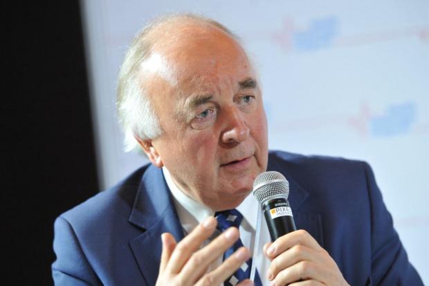 Prezes ORL w Katowicach: po pierwsze inwestujmy w kadrę medyczną