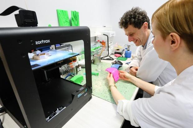 Szczecin: drukarki 3D pomagają w radioterapii pacjentów
