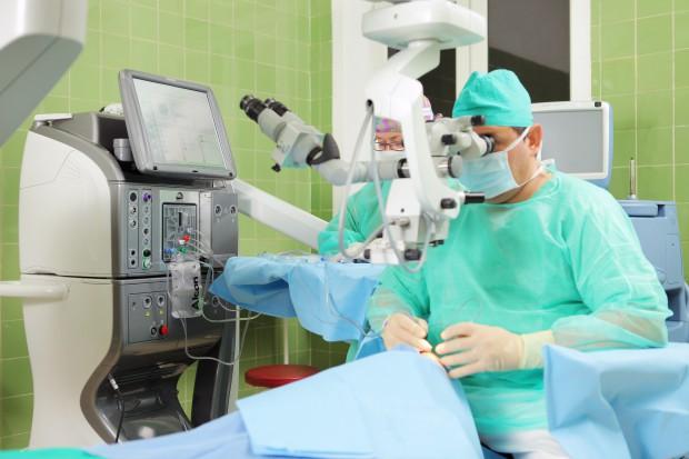 Lubuskie: więcej operacji zaćmy w szpitalach w Kostrzynie i Wschowie