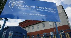 Świętokrzyskie: pikieta pielęgniarek szpitala w Jędrzejowie
