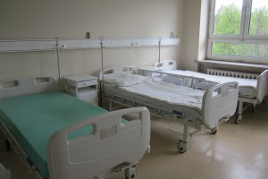 TOK FM: co miesiąc likwidowanych jest prawie 20 oddziałów szpitalnych
