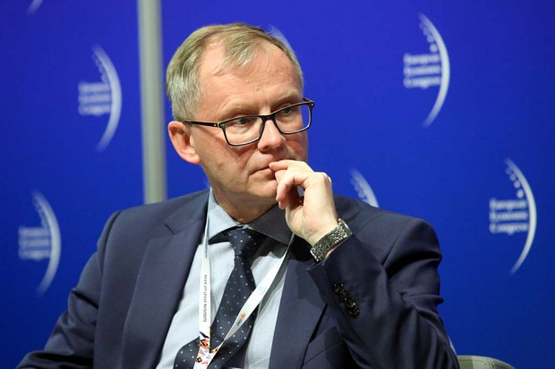 Samorządowcy o nowym ministrze: musi otworzyć się na zmiany i działać