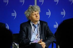 Prof. Nawrat: jeżeli chcemy tworzyć w Polsce roboty medyczne, musimy uczyć na studiach kreatywności