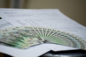 Projekt ustawy okołobudżetowej: Fundusz Pracy sfinansuje m.in. staże lekarzy