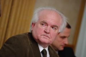 Prof. Szawarski: - Społeczeństwo ma prawo do obrony przed szaleństwem