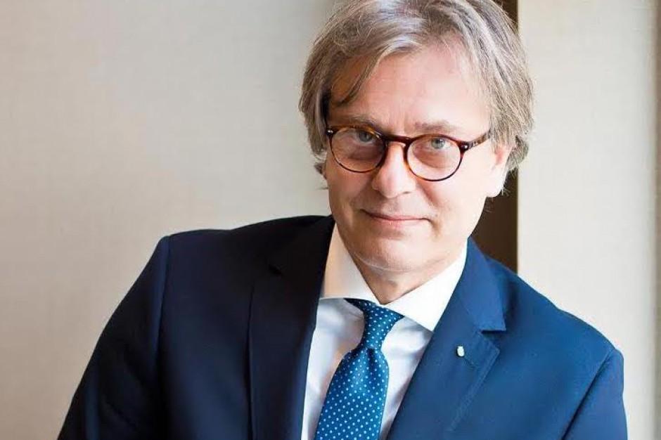 Prof. Piotr Chłosta doktorem honoris causa Uniwersytetu Semmelweisa